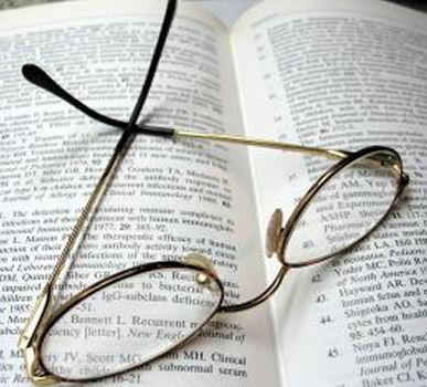 Reading_glass_1