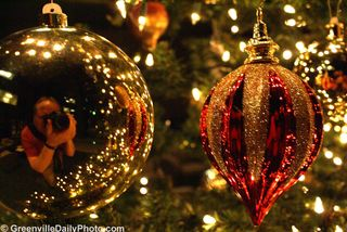 Ornaments-in-christmas
